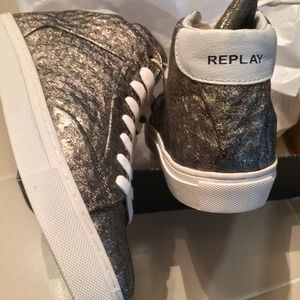 Replay women's shiny PLATINUM mid-top sneakers NWT